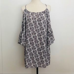 "NWT Veronica M Cold Shoulder ""Finley"" Paisley Dres"